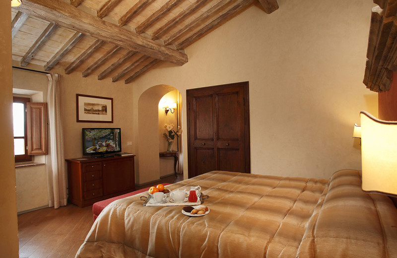 Guest room at Villa Barberino.