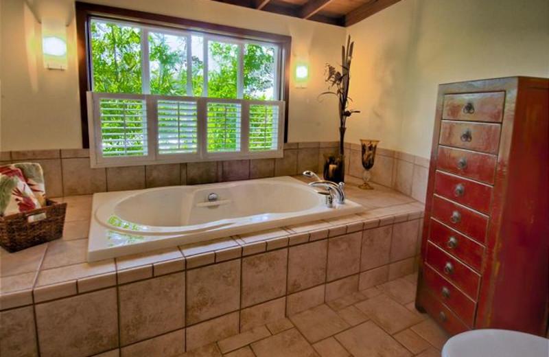 Vacation rental bathroom at Big Island Vacation Rentals.