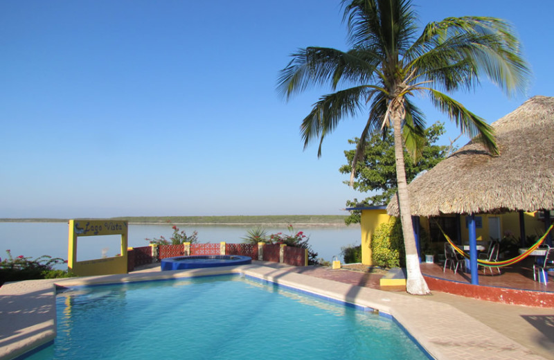 Outdoor pool at Lago Vista Lake Guerrero.