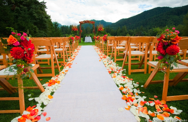 Outdoor ceremony at The Resort at the Mountain.