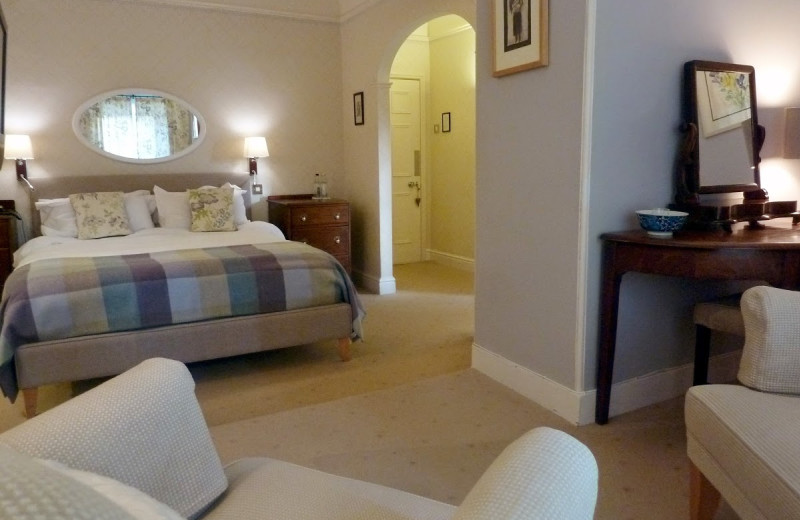 Guest room at Plas Bodegroes.