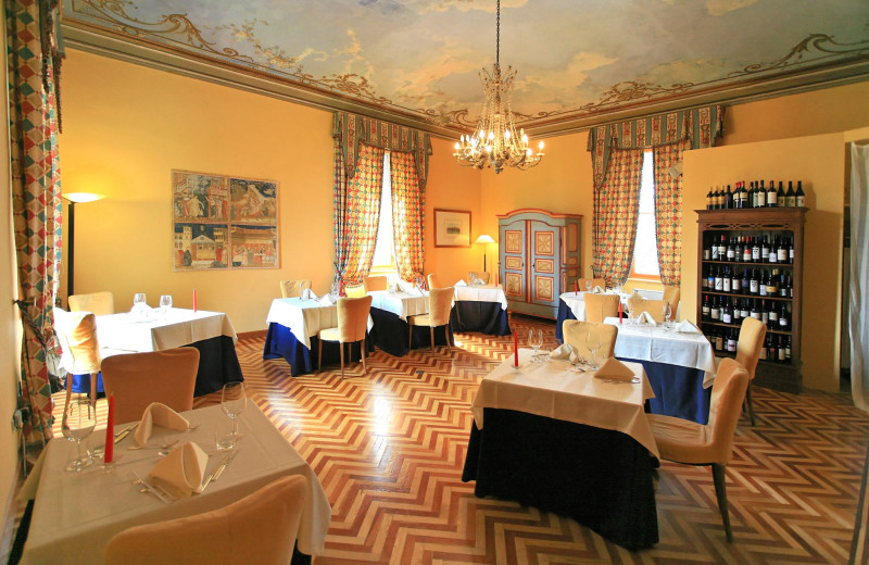 Dining at Castello Rosso.