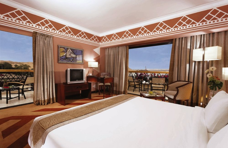 Guest room at Aswan Oberoi Hotel & Spa.