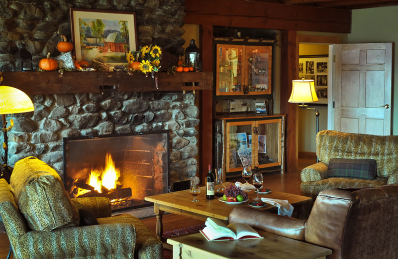Cabin living room at The Mountain Top Inn & Resort.