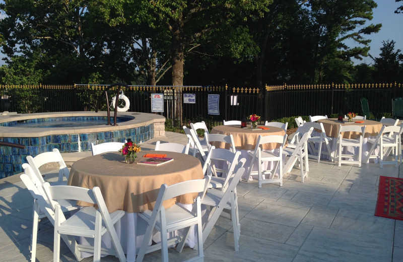 Weddings at Queen Anne Mansion and Resort.