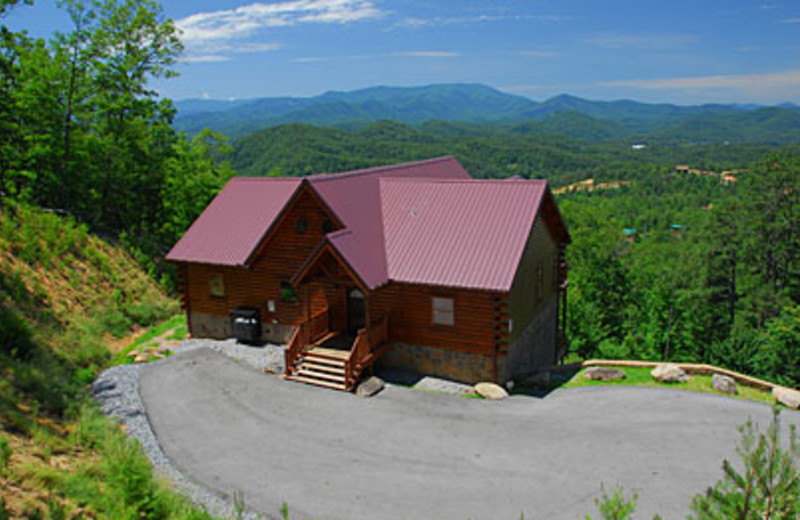 bath of luxury cabin rentals cabins lots in rental smoky gatlinburg mountains lovin the