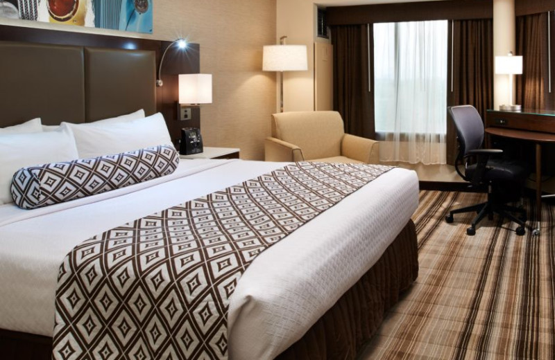 Guest room at Crowne Plaza Hotel Auburn Hills.