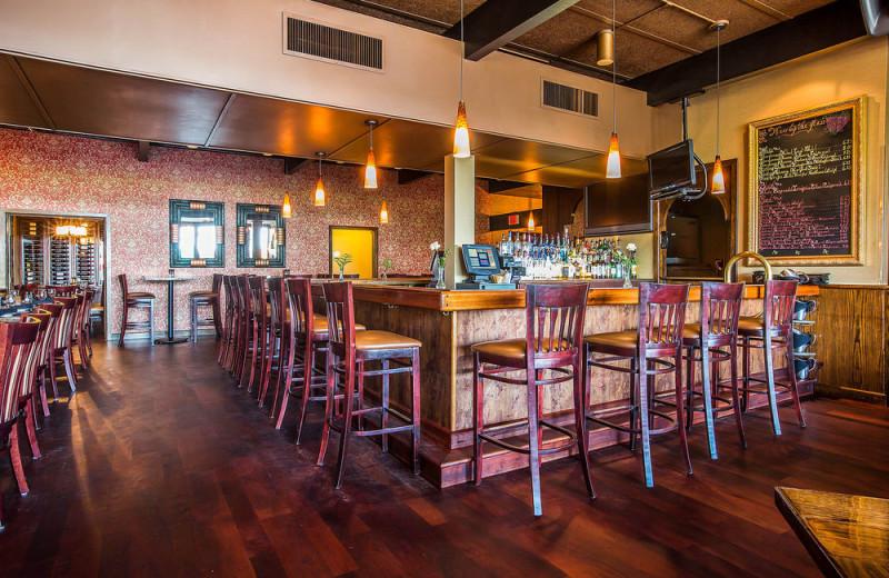 Bar at Gran-View On The River.