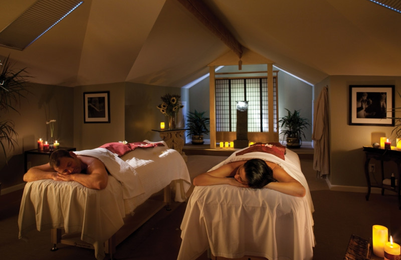 Couple's massage at Gaige House Inn.