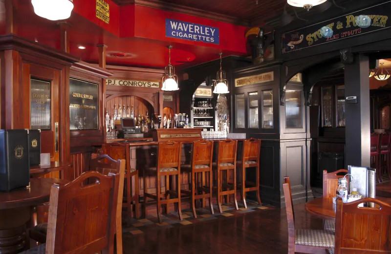 Bar at The Irish Cottage Inn & Suites.