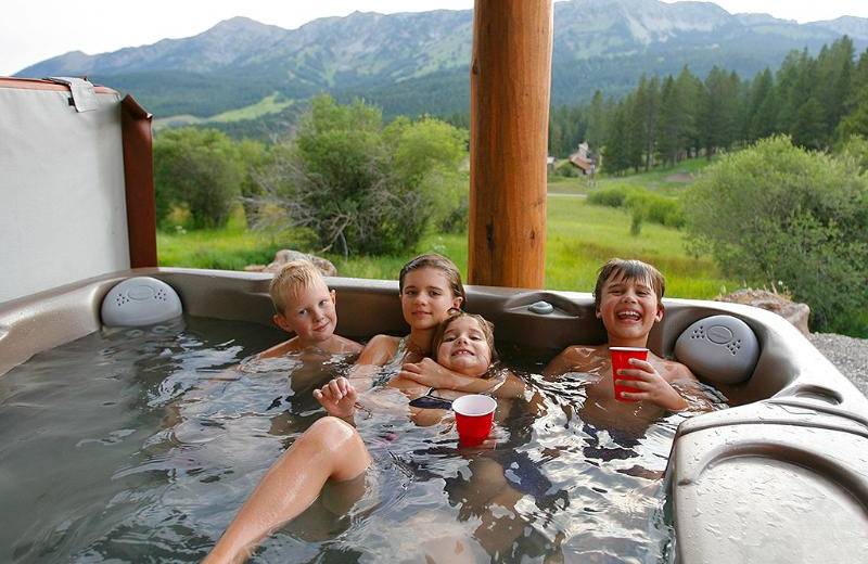 Hot tub at Bridger Vista Lodge.