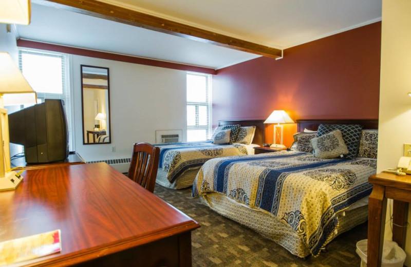 Guest room at Powder Springs Inn.