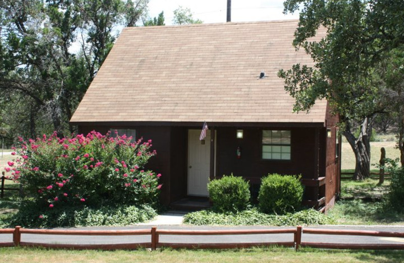 Out Front Cottage at Canyon Lake Cabins & Cottages