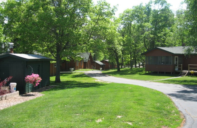 Cabins at Finn'n Feather Resort.