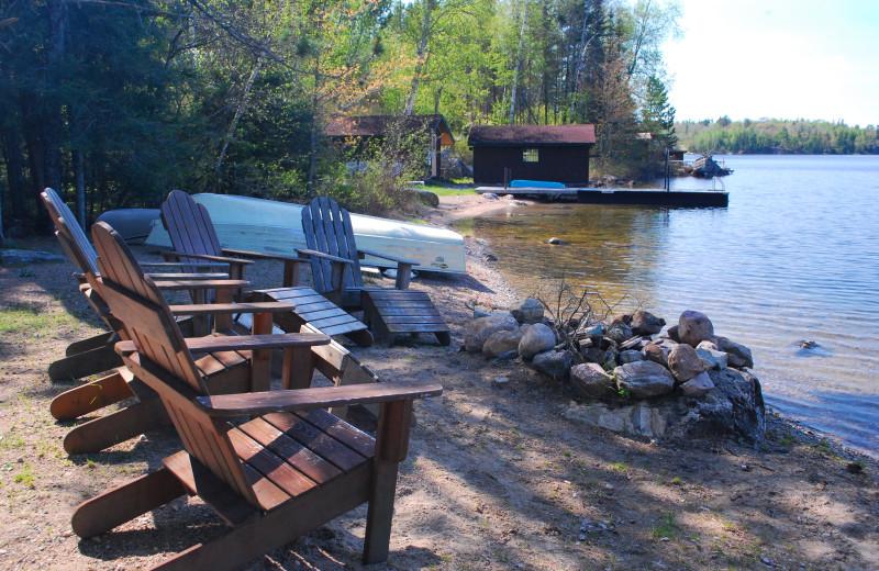 Lakeside seating at Tamarack Resort.
