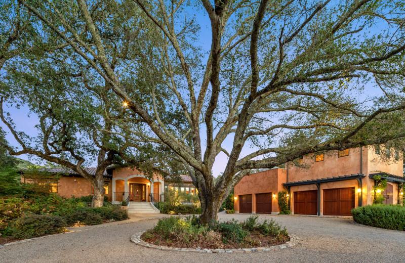 Rental exterior at Woodfield Properties.