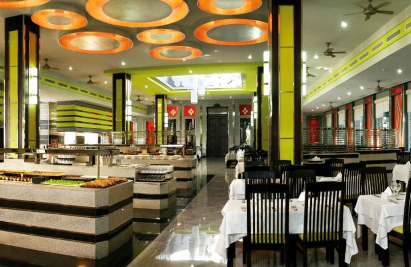 Dining at Hotel Riu Yucatan.