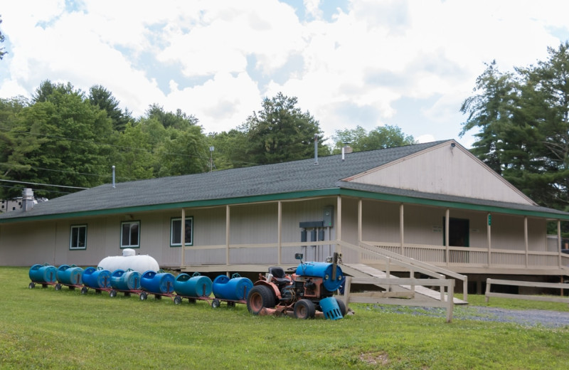 Tractor train at Silver Valley Campsites