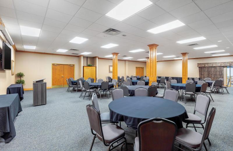 Meetings at Thousand Hills Golf Resort.