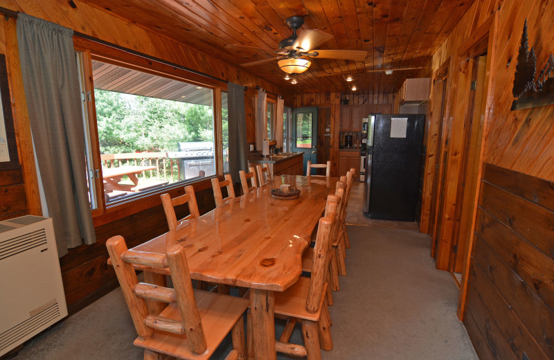 Rental dining and kitchen at Recreational Rental Properties, Inc.