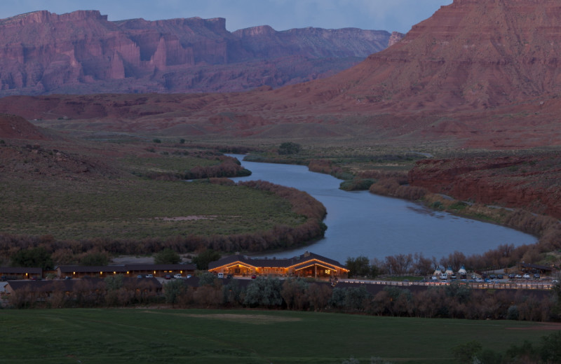 Exterior view of Red Cliffs Lodge.