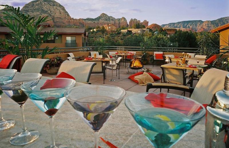 Enjoy some drinks at Sedona Rouge Hotel.