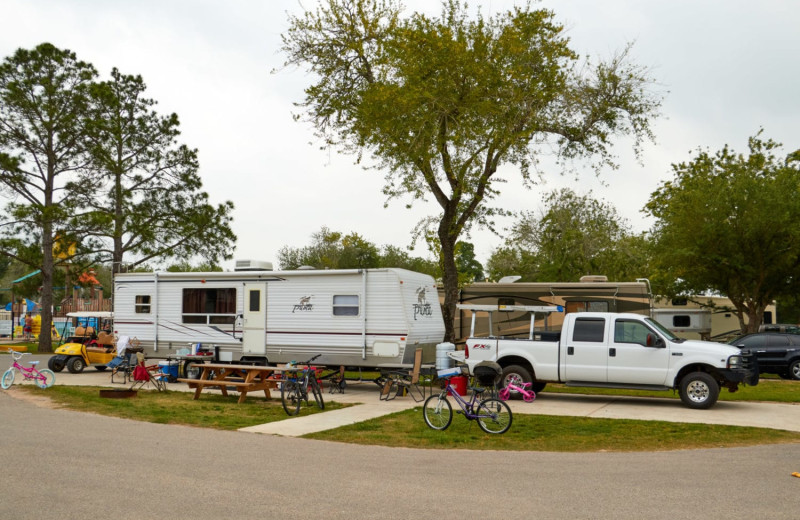 RV camp at Lone Star Jellystone.