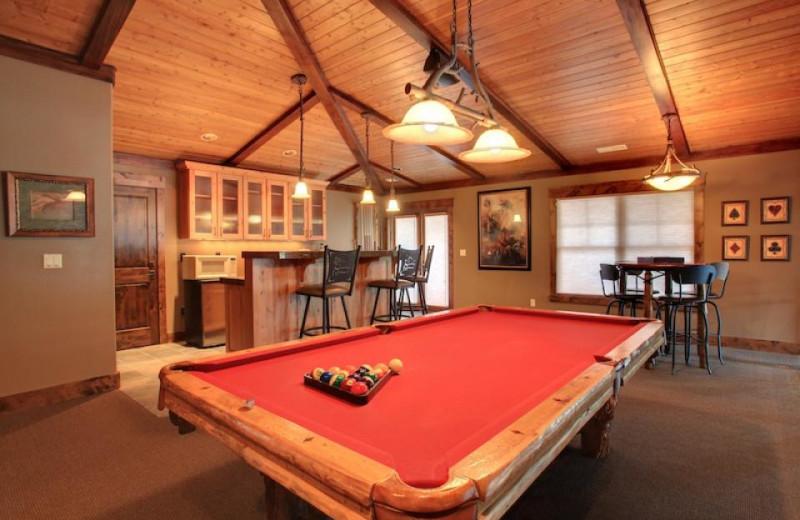 Vacation rental billiards table at Vacasa Rentals Sunriver.