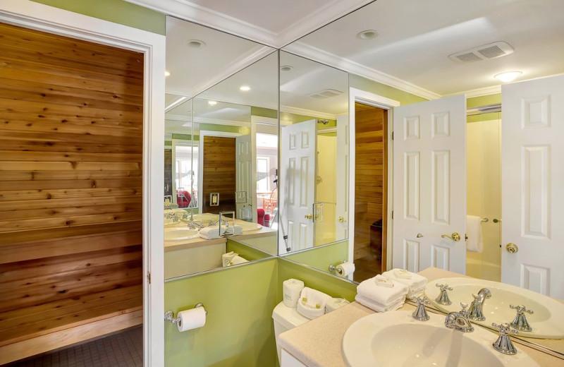 Rental bathroom at Killington Rental Associates.