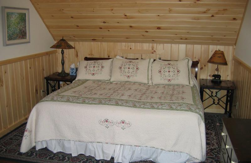 Guest room at Trail's End Inn Inc.