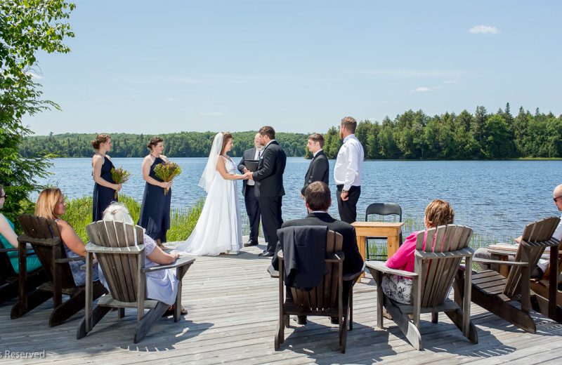 Weddings at Algonquin Log Cabin.