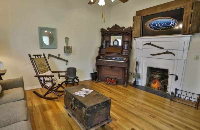 Rental living room at Blue Sky Cabin Rentals.