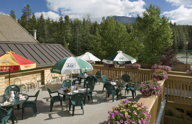 Outdoor dining at Banff Rocky Mountain Resort.