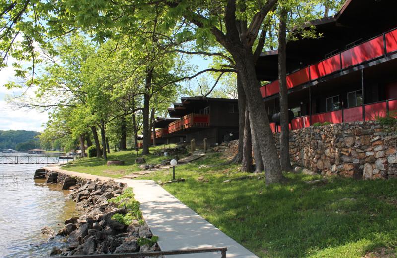 Exterior view of Hawks Landing Resort.