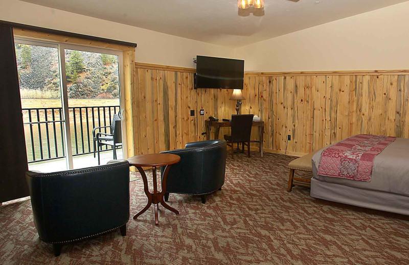 Guest room at Quinn's Hot Springs Resort