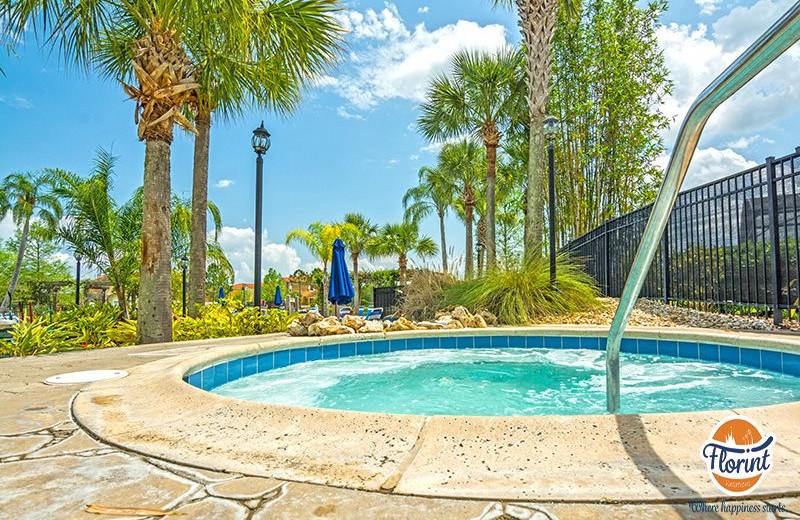 Rental hot tub at Florint Vacations.