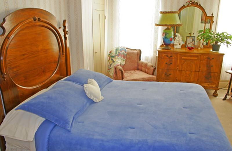 Guest room at Somerset Country Inn.