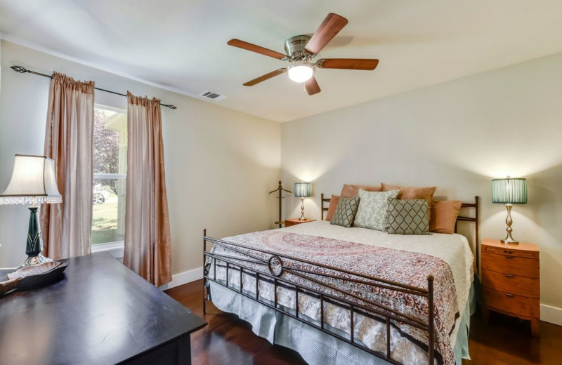 Rental bedroom at Burnet County Tourism.