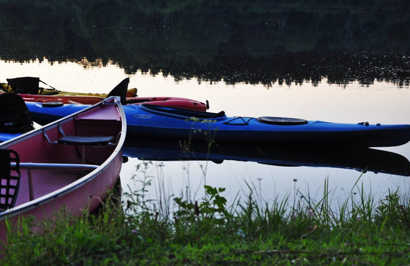 Canoeing at Taylor-Made Deep Creek Vacations.