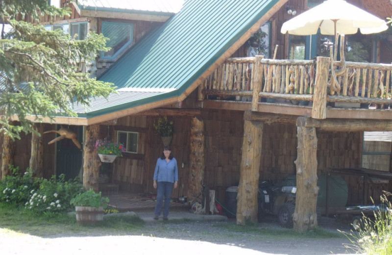 Exterior view of Hungry Moose Bed and Breakfast.