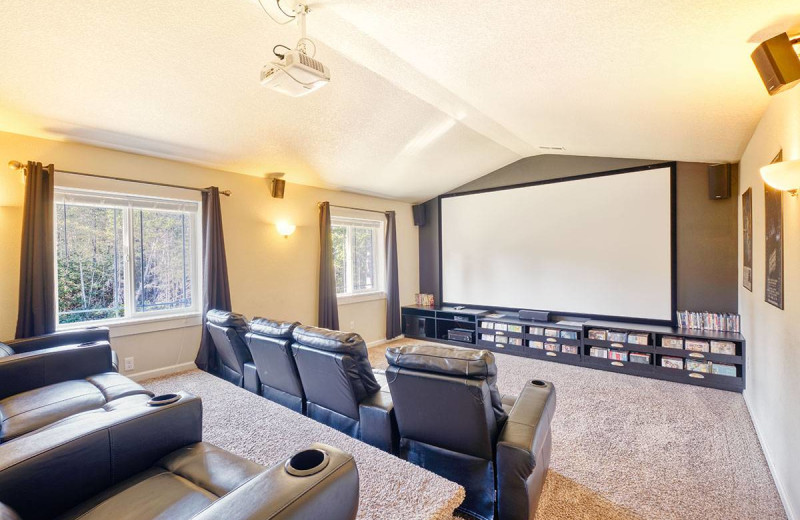 Rental theater at Bloomer Estates Vacation Rentals.