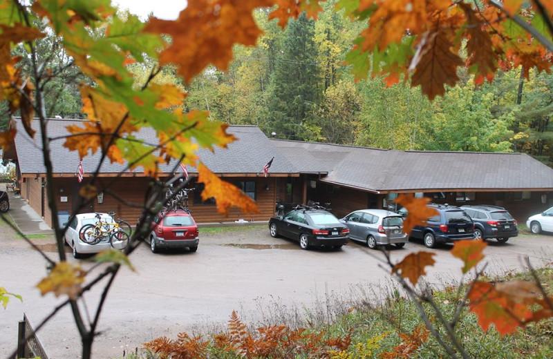 Motel Rooms at Lake Owen Resort
