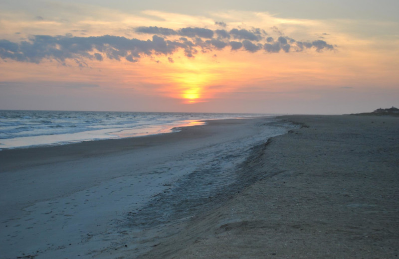Beach at Mary Munroe Realty: Bald Head Vacations & Sales.
