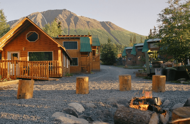 Cabins at Kenai River Drifter's Lodge.