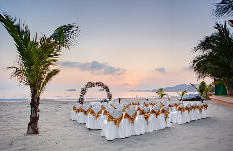Wedding Ceremony at  Barcelo Ixtapa Beach