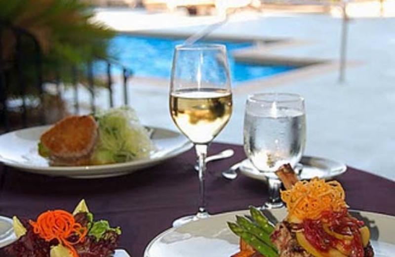 Fine Dining at  Charleston Harbor Resort