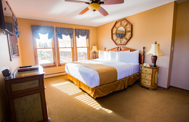 Guest room at Water's Edge Inn & Conference Center.