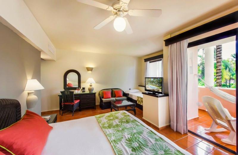 Guest room at Hotel La Catalina.