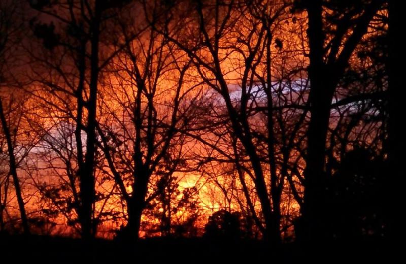 Sunset at Pine Ridge Log Cabins.