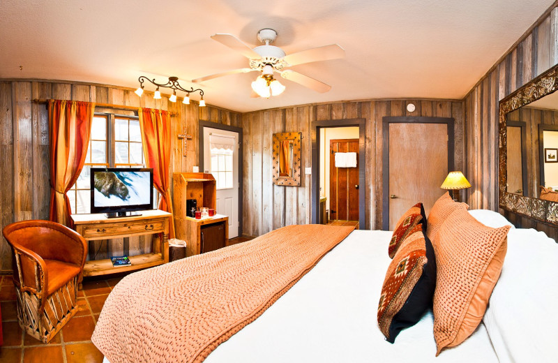 Guest room at Gruene Sunday Haus.